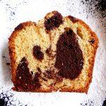 cake marbré au chocolat sur assiette