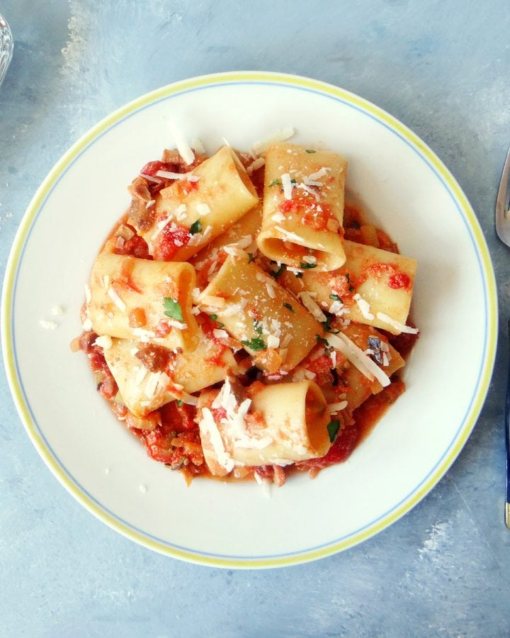 plate of pasta with ricotta and tomato sauce