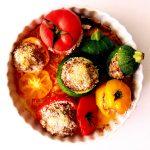 plat de tomates et courgettes farcies