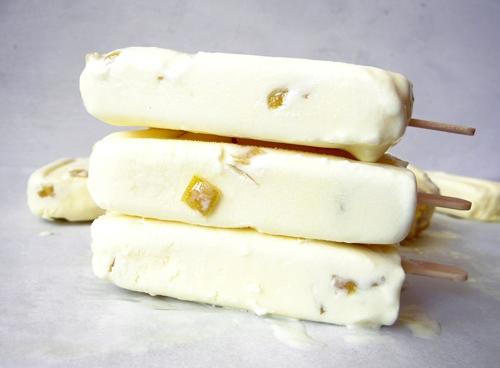 pile of creamy lemon popsicles
