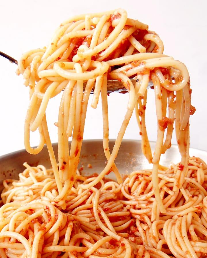 spaghetti aux légumes  sur louche