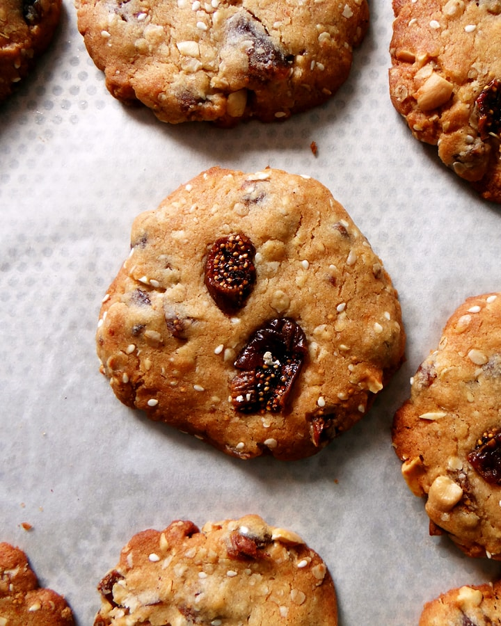 cookies à l'avoine sur plateau
