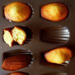 madeleines au chocolat blanc dans moule