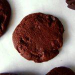 sablés au chocolat sur papier cuisson