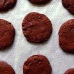sablés au chocolat sur plaque de cuisson