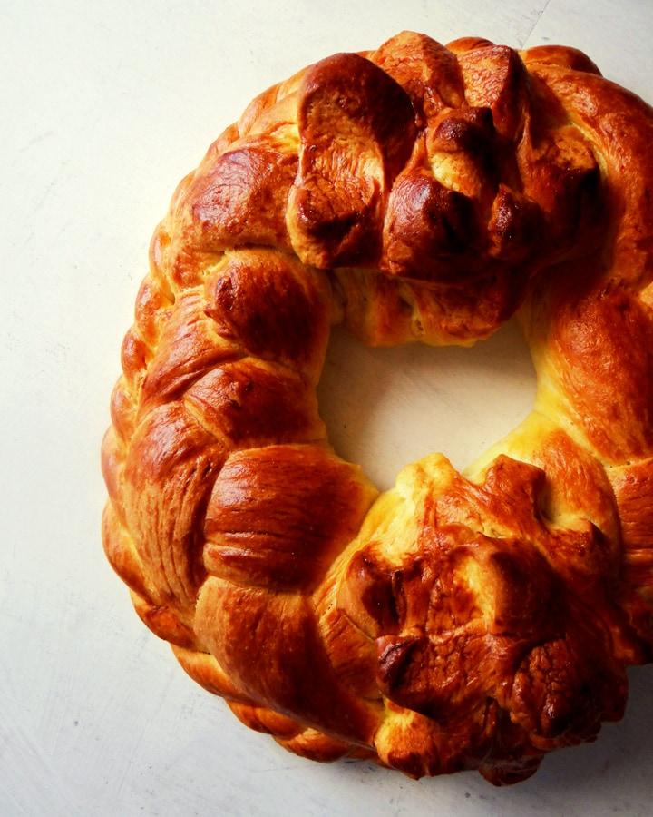 pain au beurre sur planche