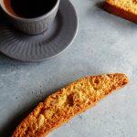 biscotti et tasse de café