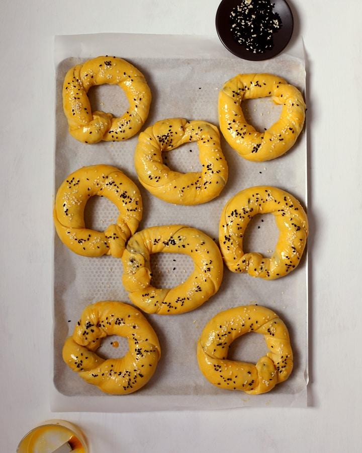 olive rolls on baking tray