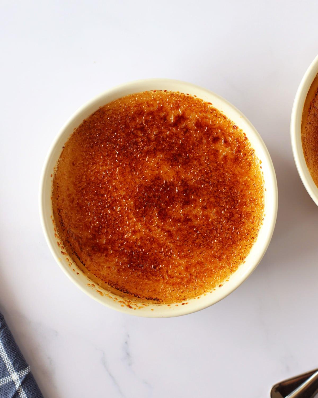 pot of crème brûlée for 2 in pots