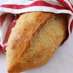 pain turc sur table