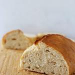 pain turc coupé en 2