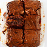 tranches de brownie chocolat caramel